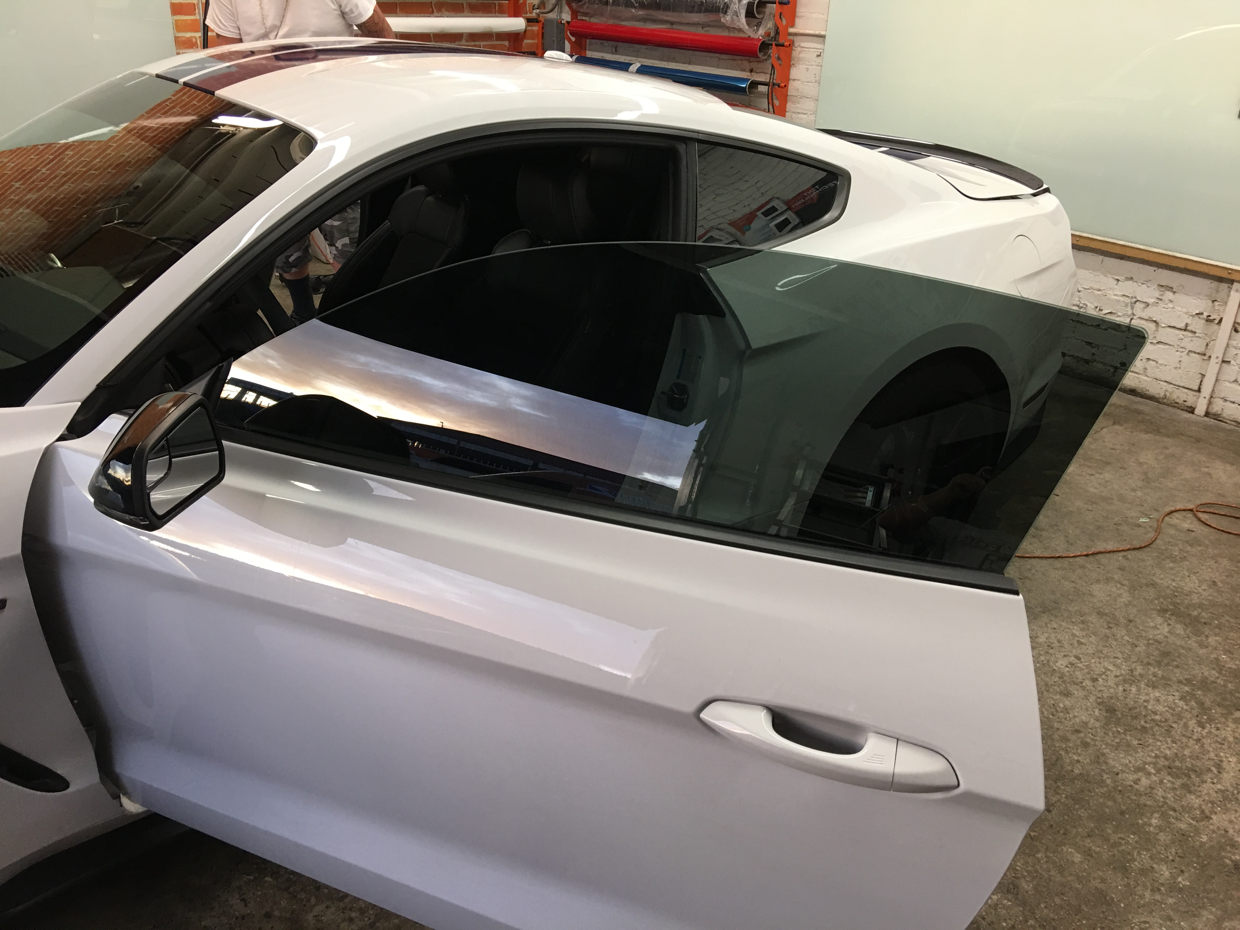 Huper Optik Car Window Tint Specifications